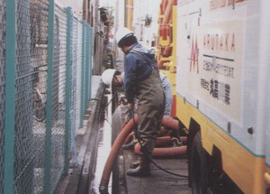 側溝清掃作業