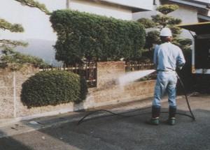 外壁高圧洗浄作業2